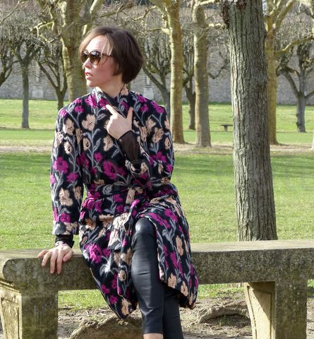Manteau en brocart de soie. Шелковое пальто-халат.